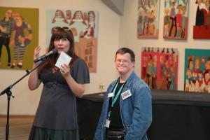 Fernisering i Rundetårn. Udstillingen blev officielt åbnet af kunsthistoriker og kunst anmelder Trine Ross. Der faldt mange rosende ord til Steffen.
